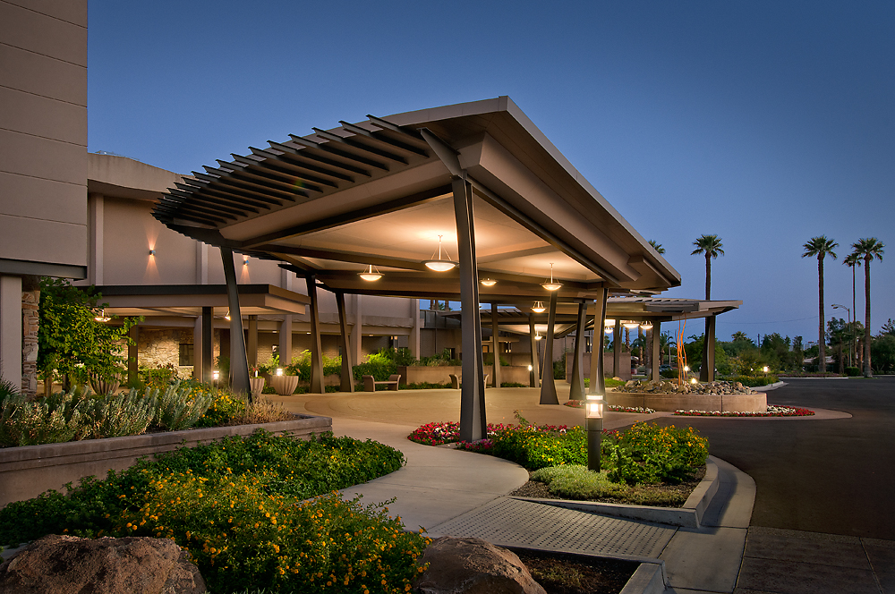 Phoenix Country Club Exterior