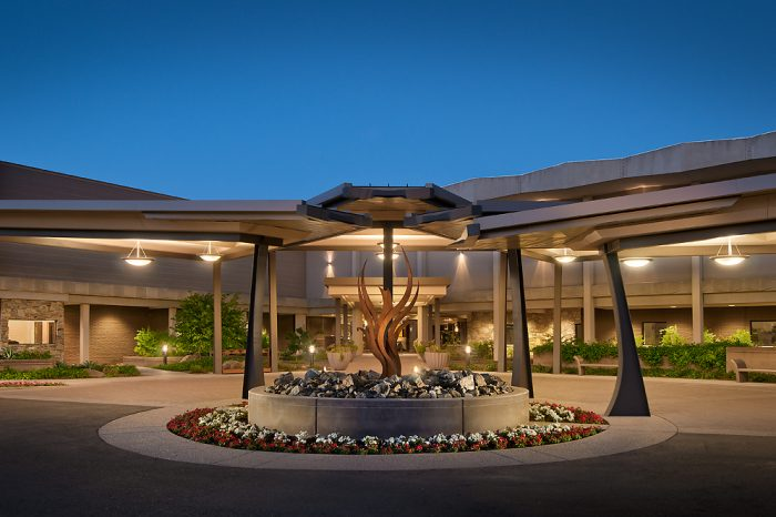 Phoenix Country Club Exterior